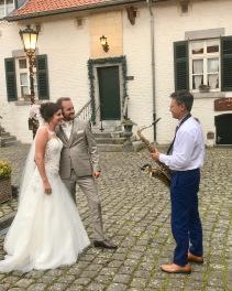 1Bruiloftfeest-Desi-en-Ruben-6-September-2019-De-Biesenhof.